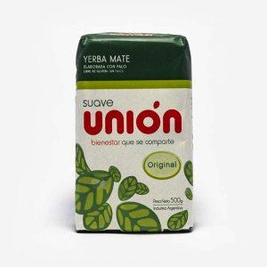 Erva-mate Unión argentina. Pacote Branco, em sua maioria. Topo verde escuro. Listra verde clara entre o branco e o verde escuro. Em escrito: Suave. Unión. Folhas de erva-mate desenhada. Original.